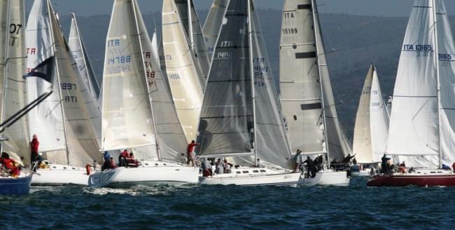 Campionato Italiano Offshore Vela D'altura tra Tropea, Eolie e Vibo Marina